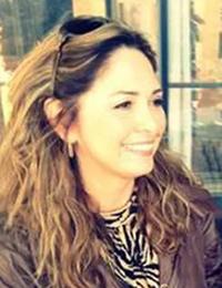 Elen Silva - Nail Technician and Esthetician